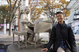 古関裕而先生の銅像と